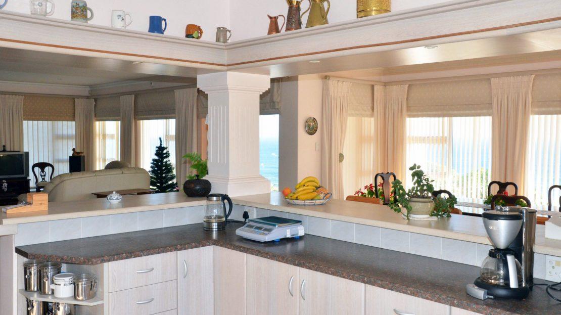 4 Bedroom Blue Horizon Bay House Kitchen Space