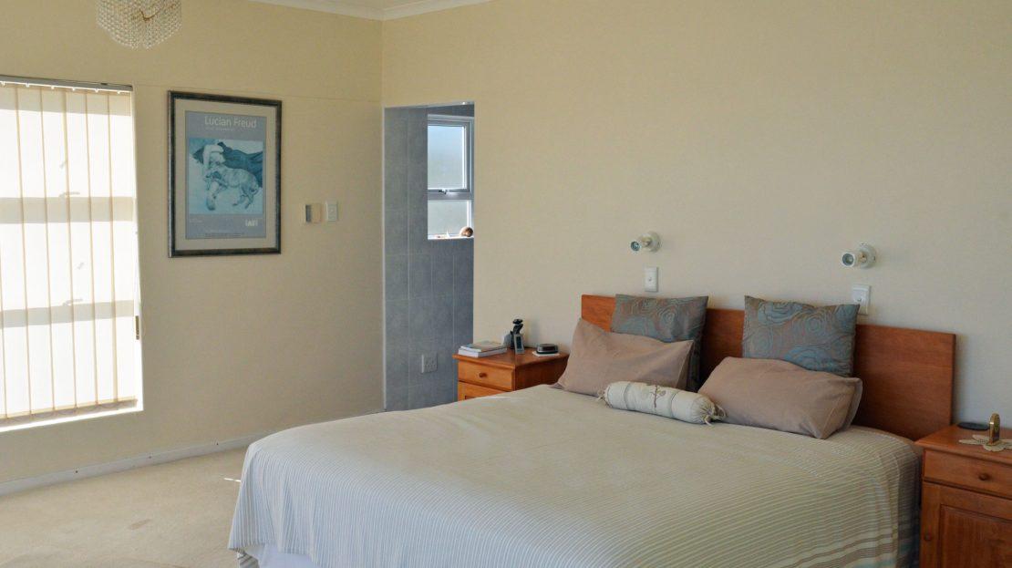 4 Bedroom Blue Horizon Bay House Master Bedroom3