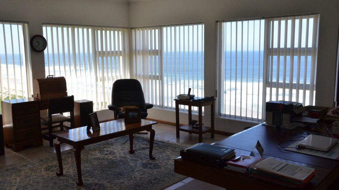 4 Bedroom Blue Horizon Bay House Study Ocean View