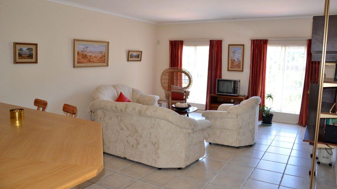 4 Bedroom Blue Horizon Bay House Suite Lounge
