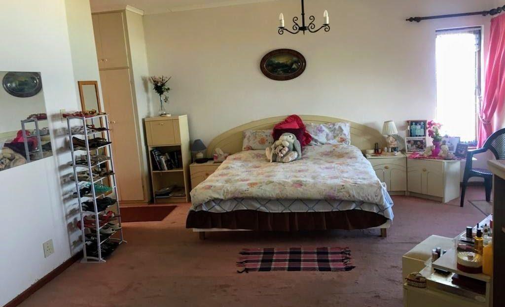 3 Bedroom Hyacinth Road House Bedroom Bed