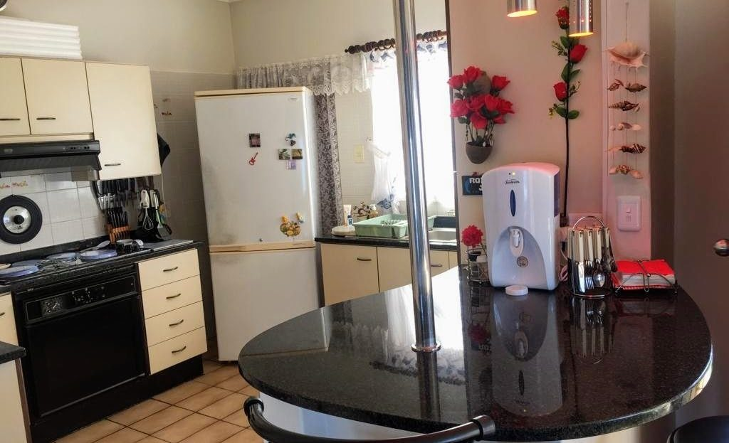 3 Bedroom Hyacinth Road House Kitchen Area