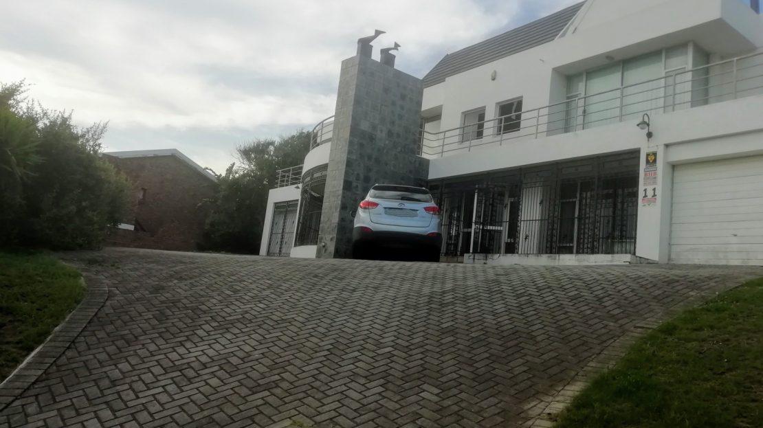 Dahlia Street House Driveway