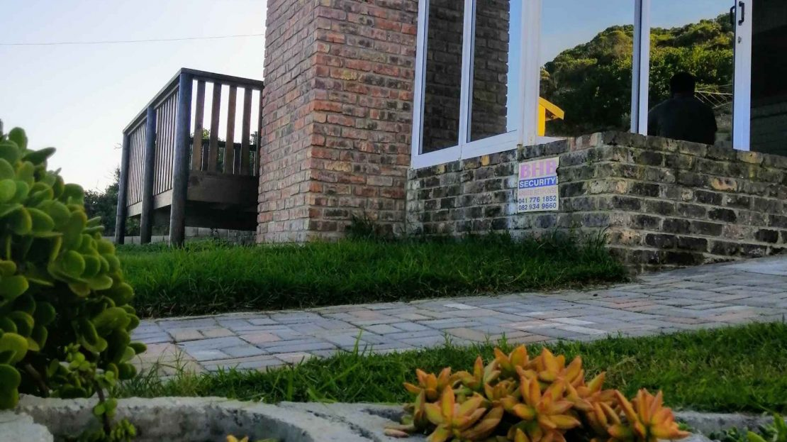 3 Bedroom House For Sale Blue Horizon Bay Exterior